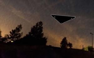 Ovni triangulaire survolant St-Jean-sur-Richelieu