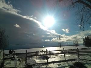 Boule lumineuse en plein jour à Ste-Martine