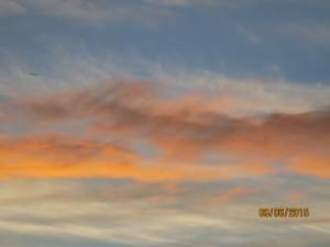ovni dans le ciel immobile
